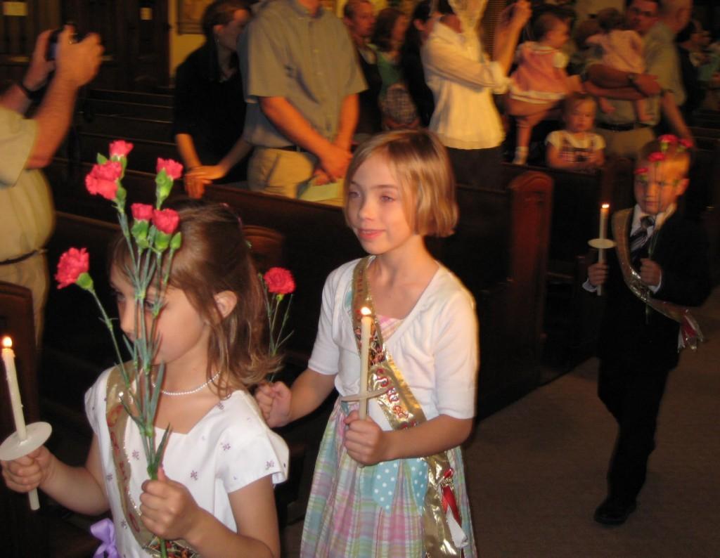 procession2-1024x794