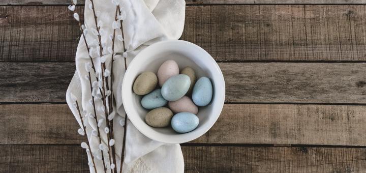 Six Ideas for Living Liturgically This Easter | sarahdamm.com